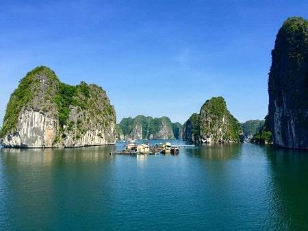Car Rental Hanoi to Cat Ba Island : fast & relaxed on HW 05B