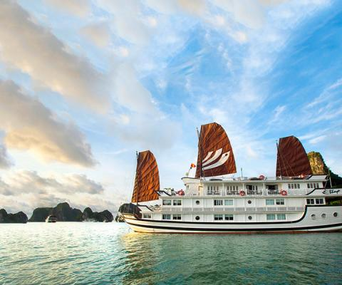 Bhaya Classic Cruise Halong Bay 2 Days