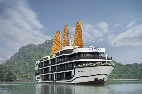 La Regina Legend Cruise - intensive exploration of Halong & Lan Ha bay