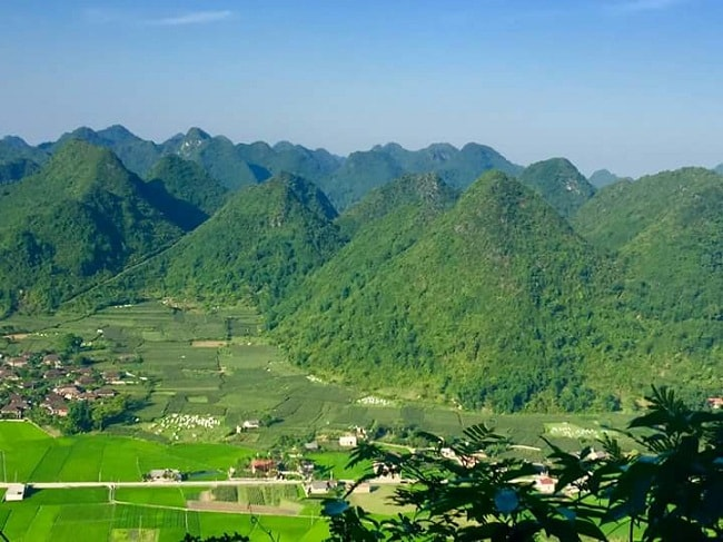 Northeast Vietnam Tour to Bac Son valley, Ba Be lake, Ban Gioc waterfall & Tam Thanh-
