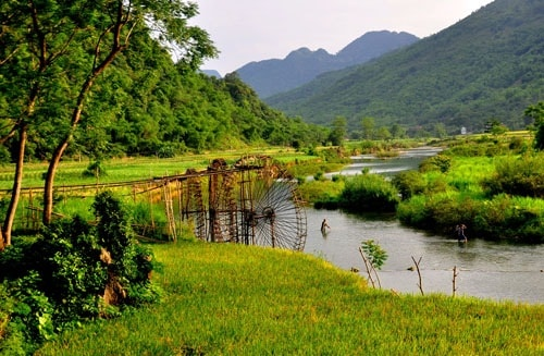 An interesting escape tour to Mai Chau & Pu Luong nature reserve 4 days