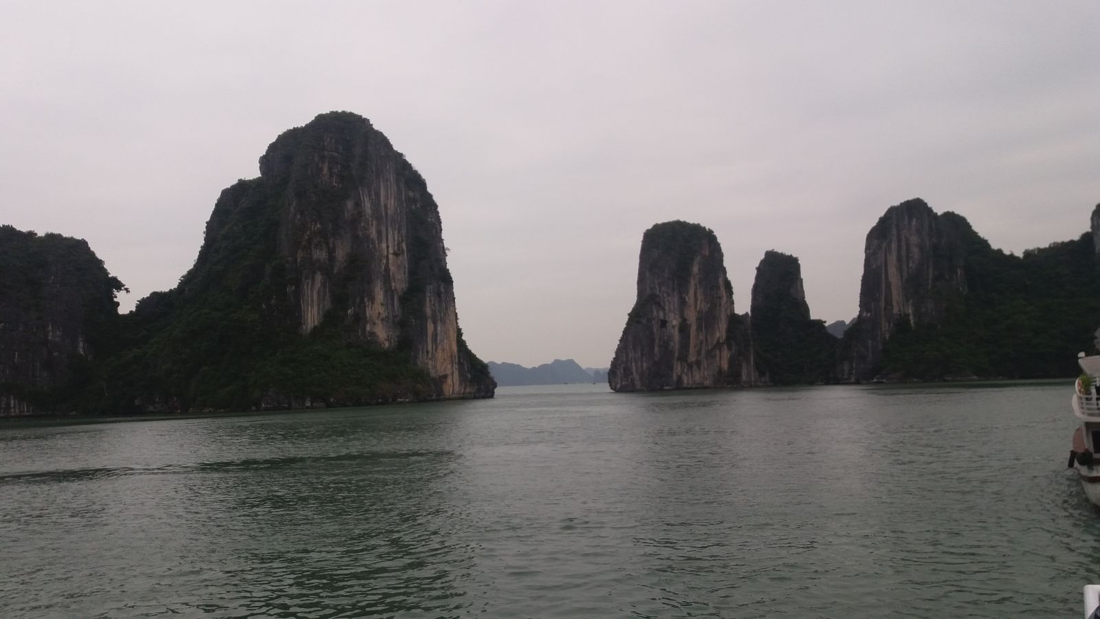 North Vietnam Tours to Halong Bay