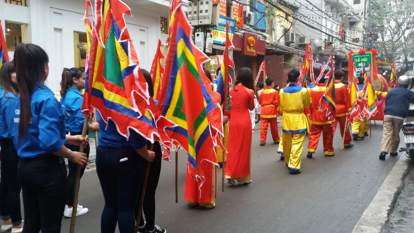 Hanoi history- procession