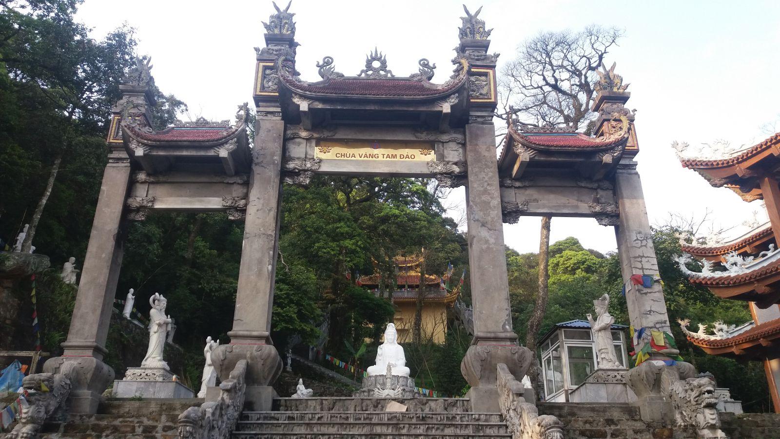 Tam Dao Day Tour - Pagoda