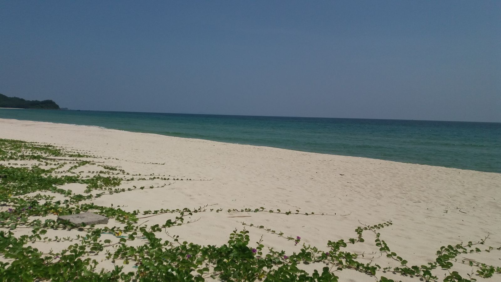 Beach in Quan Lan