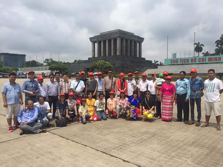 Vietnam daily tours HCM mausoleum