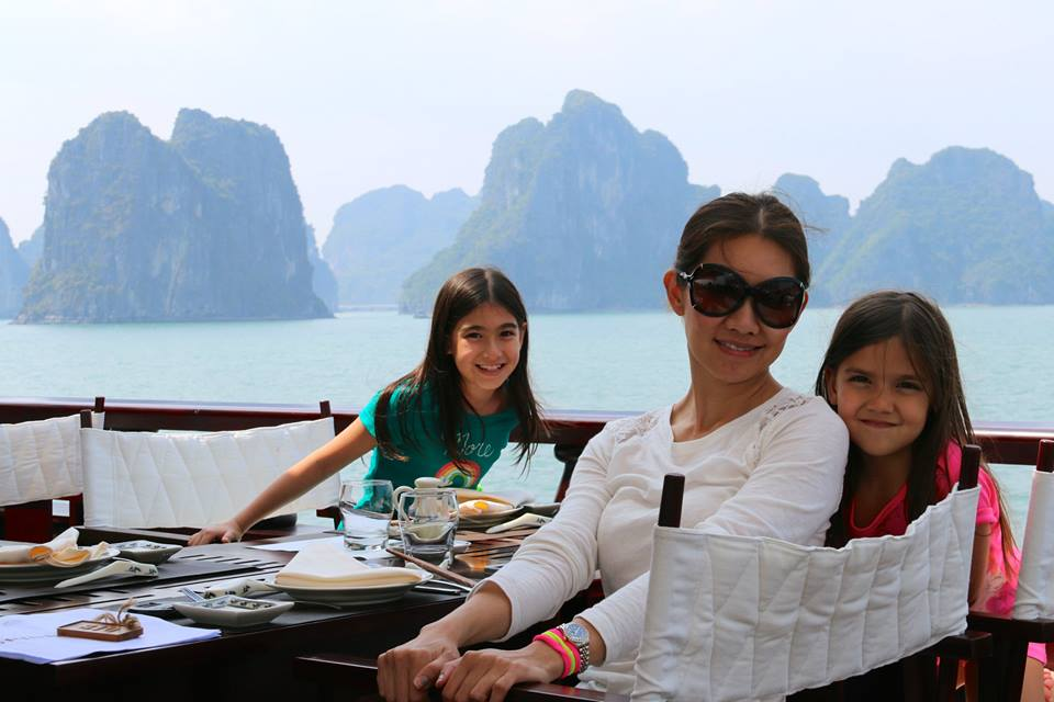 Car rental from hanoi airport to Halong Bay