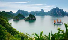 Vietnam Holiday Packages-View Halong Bay