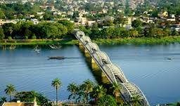 Vietnam Holiday Packages-Hue Bridge