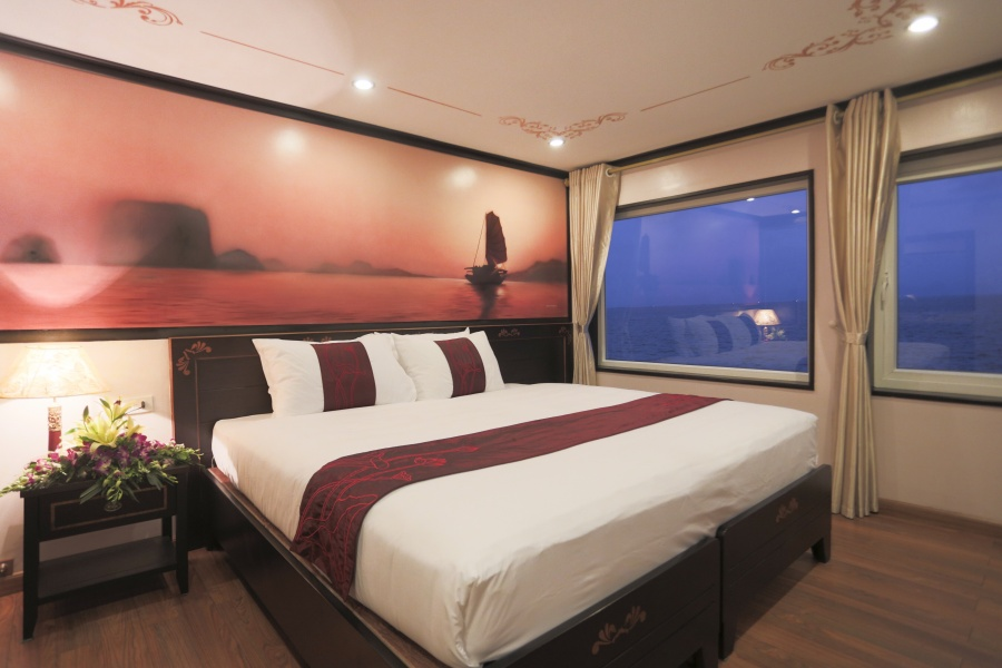 Huong Hai sealife cruise room