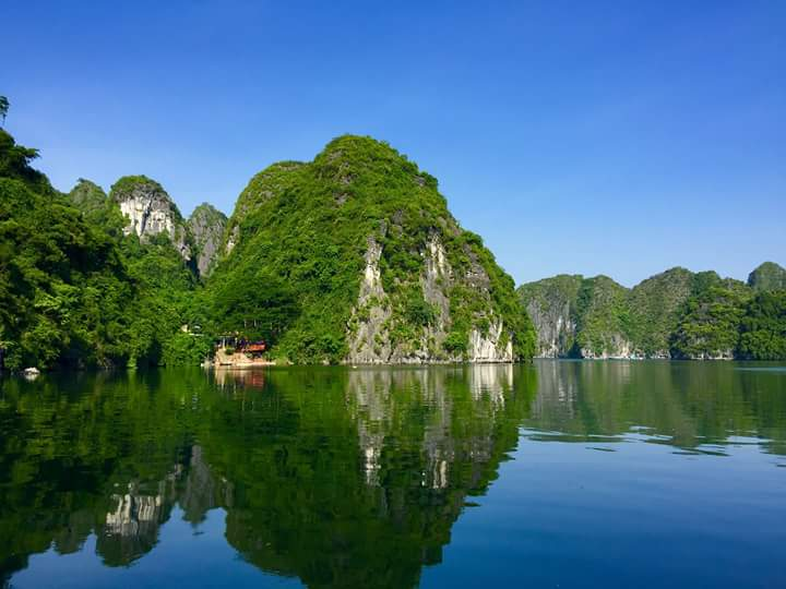 The beauty of Lan Ha bay