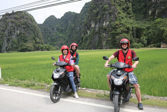 Travel to Ninh Binh by motorbike
