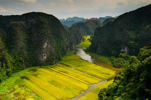 The view from Mua cave in NinhBinh