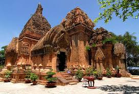 Vietnam Holiday Packages-Cham Towers