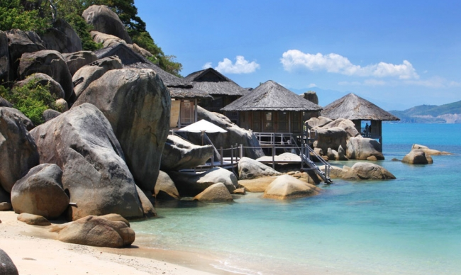 Vietnam Holiday Packages-Nha Trang Beach