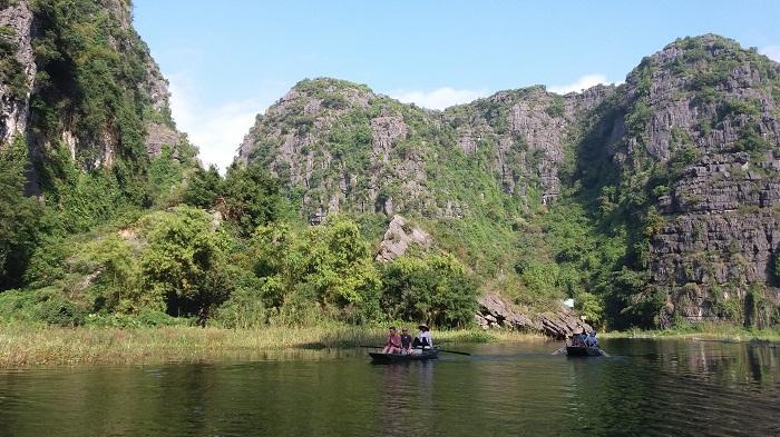 Ninh Binh Tours- boat trip