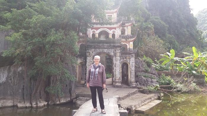 Ninh Binh Tours- Bich Dong pagoda