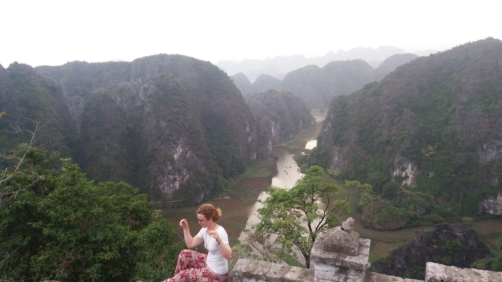 Ninh Binh Tour to Mua cave