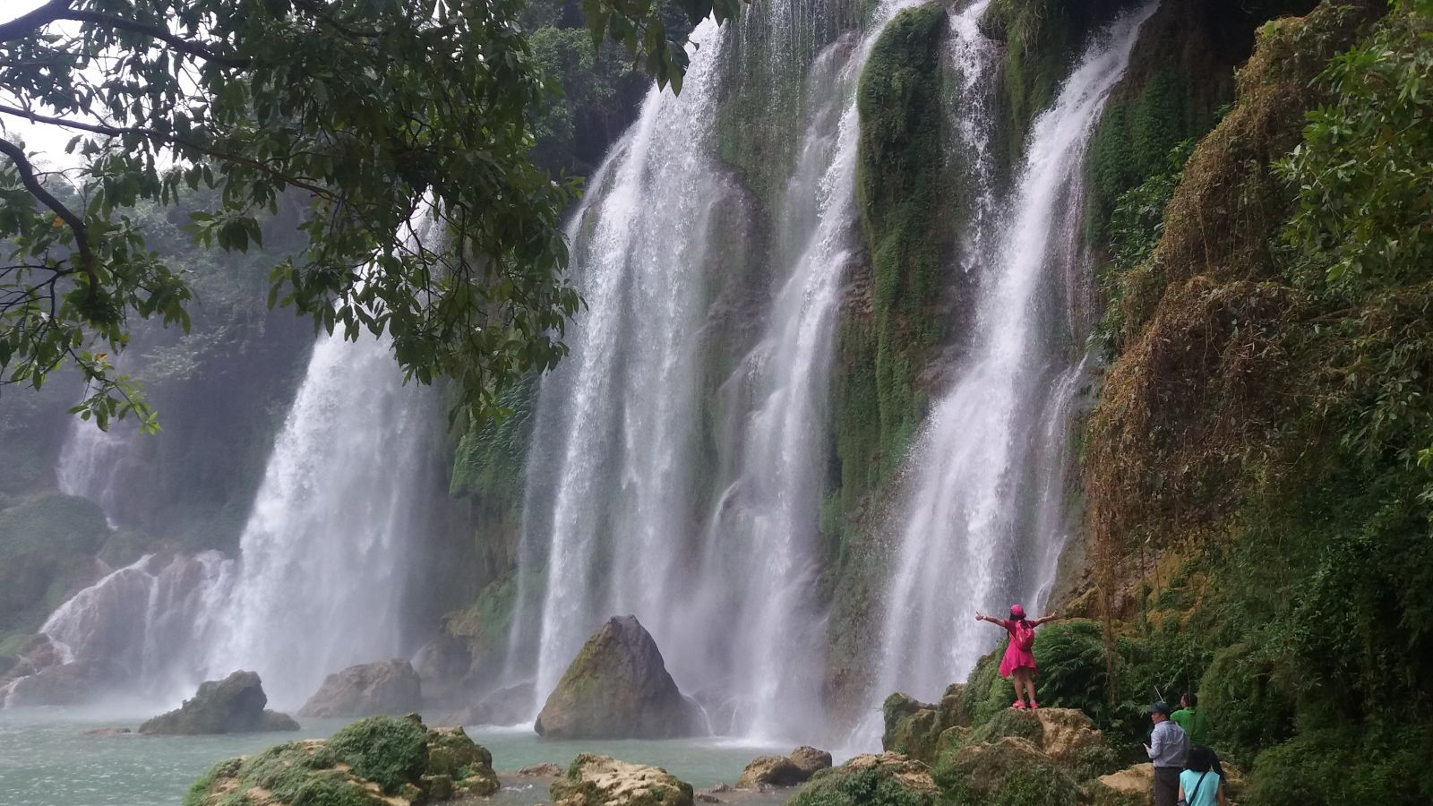 North Vietnam Tours to Ban Gioc Waterfall