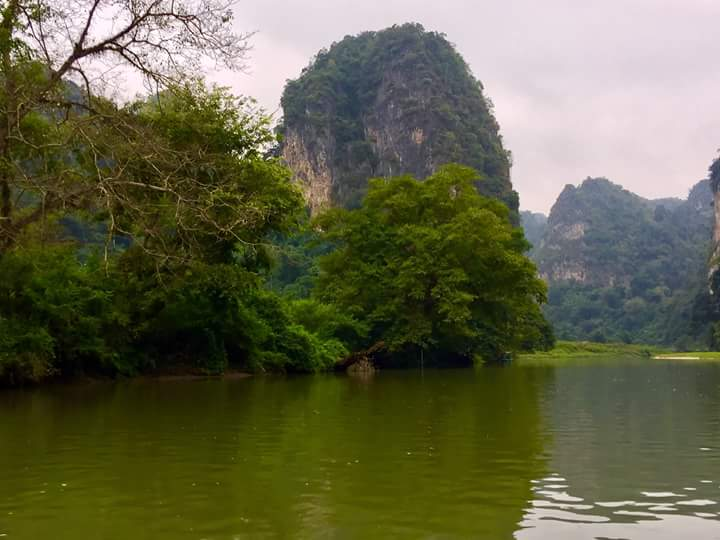 Northeast Vietnam Tour-Ba Be lake