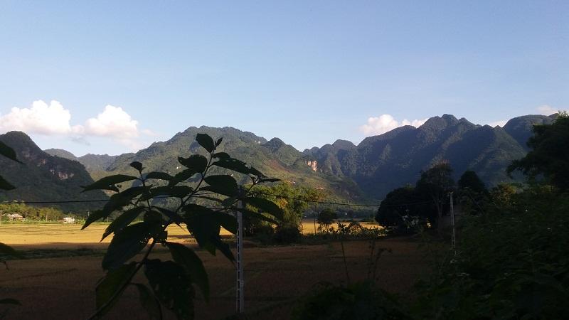 Northern Vietnam Tour to Mai Chau