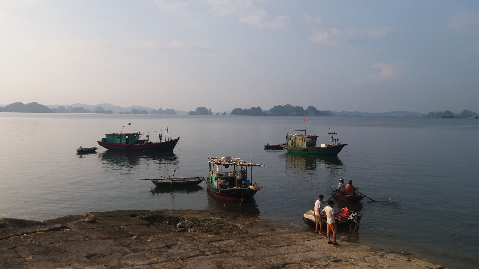 Local fishing in Quan Lan island