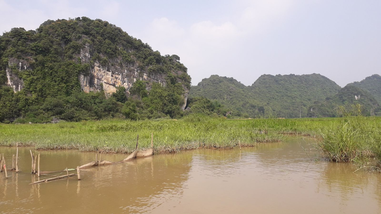 Thien Ha cave- boat ride