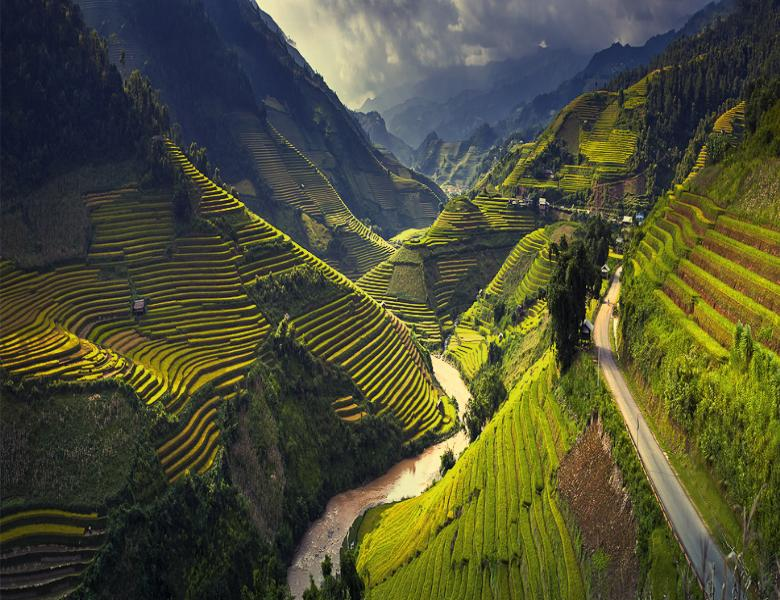 Top 8 places outside Hanoi to visit if you would like to avoid the city's  noice