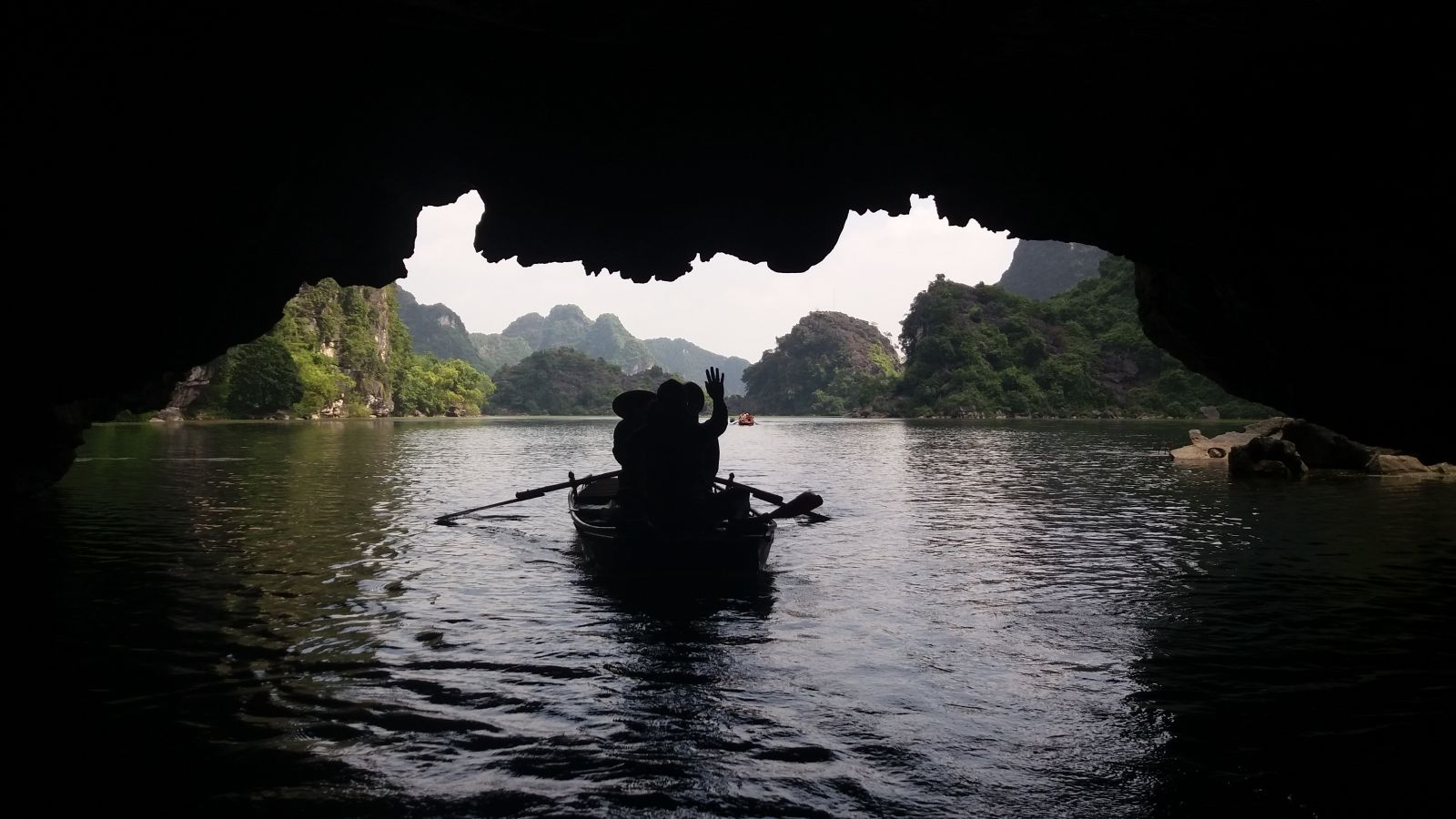 Vietnam adventure tours to Ninh Binh cave