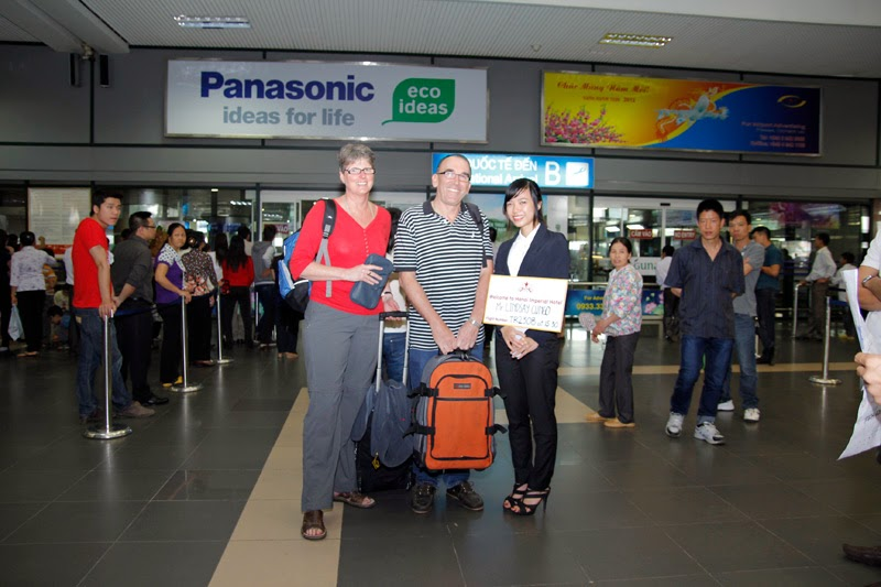 Tourguide pick-up at Hanoi airport