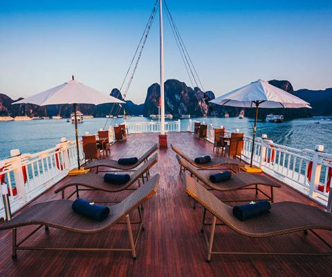 Bhaya Classic Cruise Halong Bay 2 Days1