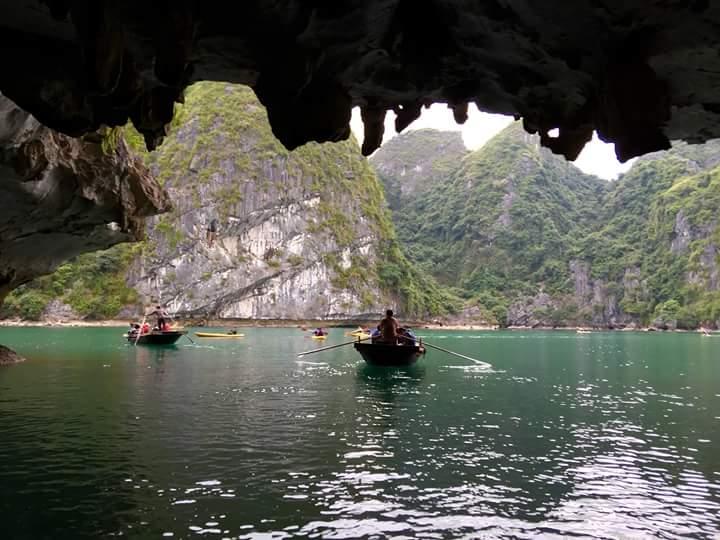car hire to Ninh Binh- hidden caves