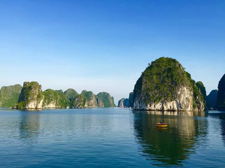Lan Ha Bay - Cat Ba island