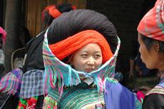 Sapa Travel Guide- Muong Hum Market03
