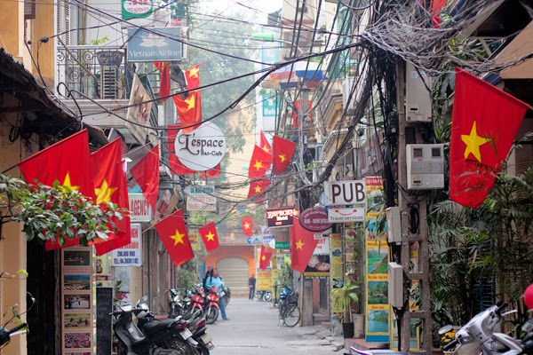 Hanoi Travel Guide- Old Quarter