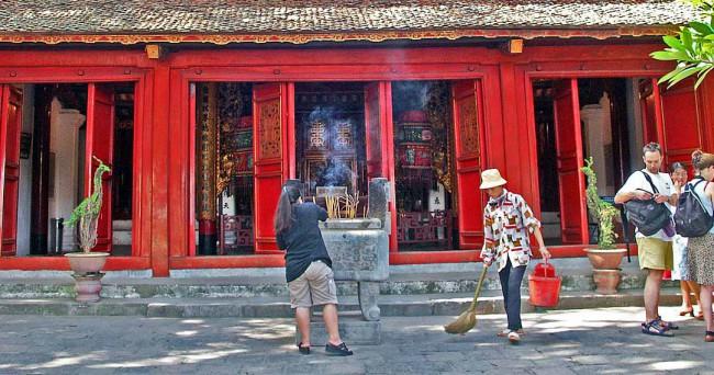 Hanoi Travel Guide-Temple of Literature021